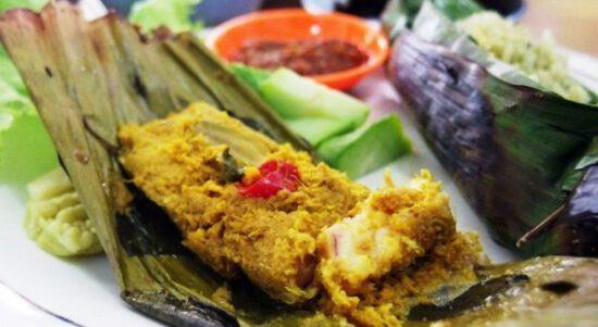 20++ Oleh-oleh (Makanan Khas) Karawang yang Wajib Dibawa Pulang